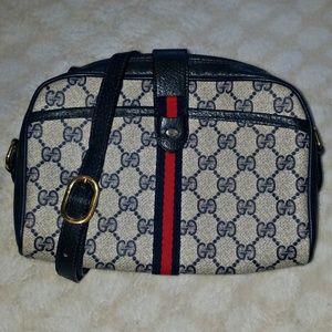 👜 Vintage Gucci crossbody purse bag 👜